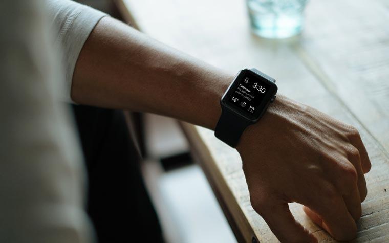 calendar on smartwatch