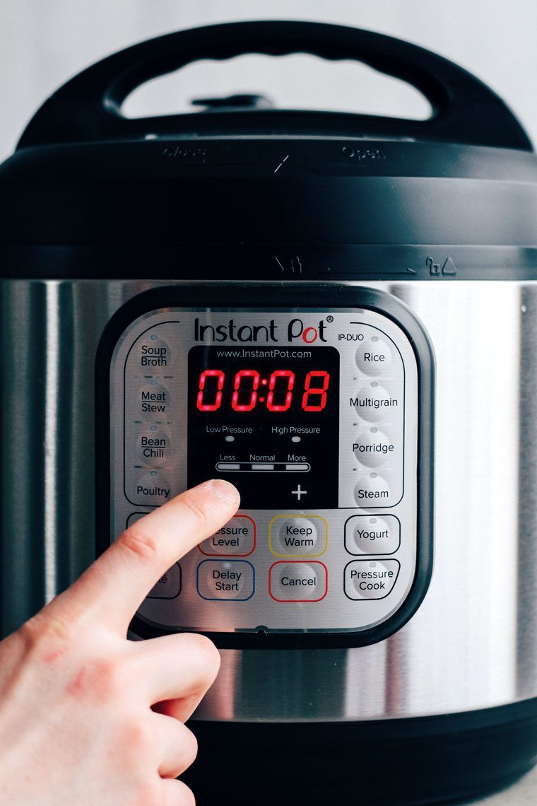 Instant pot duo close up of buttons and settings