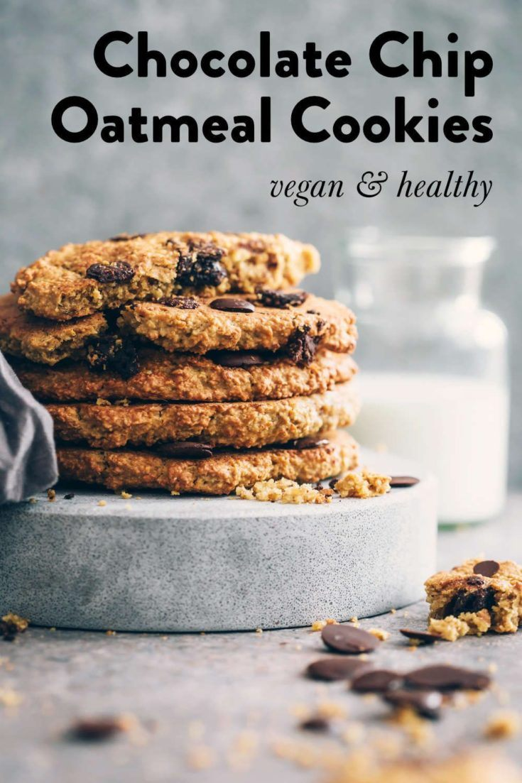 Our gluten-free & vegan oatmeal cookies with chocolate chips are so easy and healthy! Chewy and crumbly with a hint of peanut butter, sugar or oil needed. Kid-friendly and easy to customize by adding raisins, these oil-free vegan peanut butter oatmeal cookies are always a win. | nutriciously.com  #VeganOatmealCookies #VeganOilFreeCookies #VeganOatmealChocolateChipCookies #GlutenFreeVeganCookies #VeganPeanutButterOatmealCookies #HCLFVeganDesserts #VeganChristmasCookies #HealthyVeganDessert